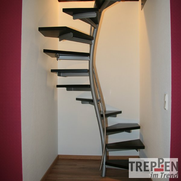 design treppe freistehend home design ideen. Black Bedroom Furniture Sets. Home Design Ideas