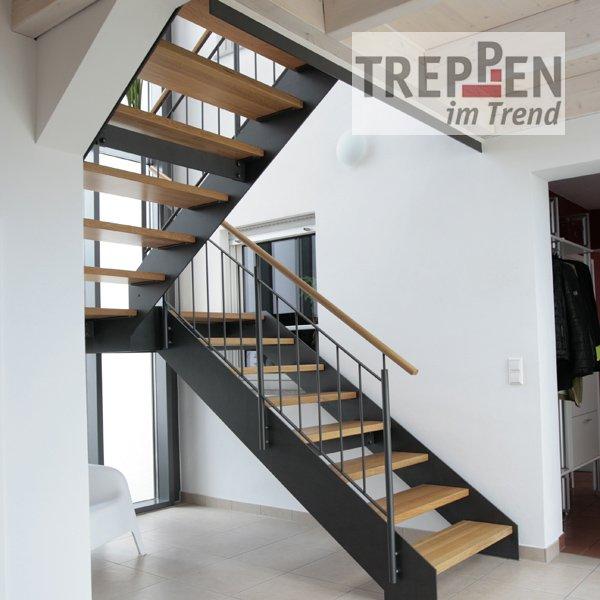 treppen einzelansicht treppen im trend. Black Bedroom Furniture Sets. Home Design Ideas